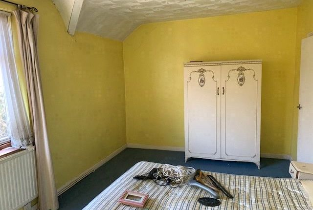 Picture No. 08 of Queens Villas, Ebbw Vale, Blaenau Gwent NP23