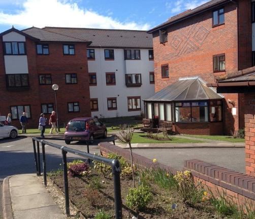 Thumbnail Flat to rent in Marlborough Court, Vicars Cross Road, Vicars Cross, Chester