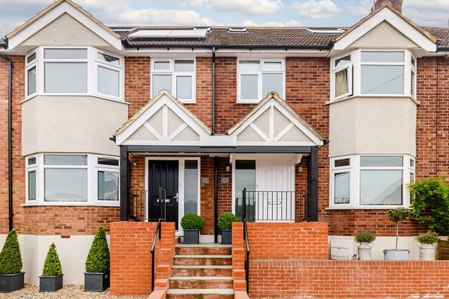 Thumbnail Detached house to rent in Primrose Hill, Kings Langley