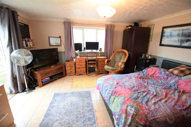 Bedroom One of Seaville Drive, Pevensey Bay BN24