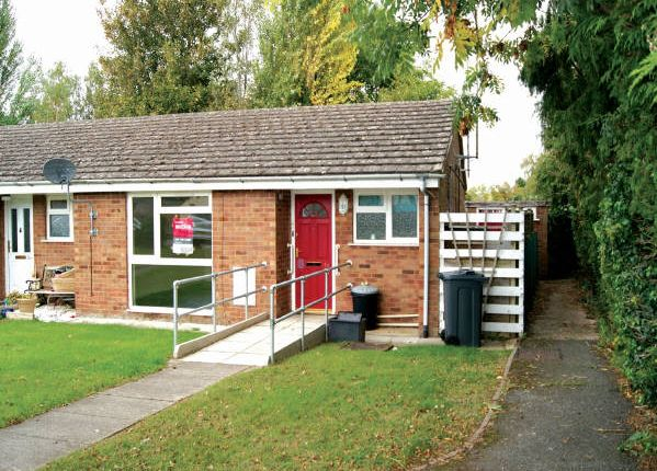 Thumbnail Terraced bungalow for sale in 1A Millers Close, Nr Stratford-Upon-Avon, Warwickshire