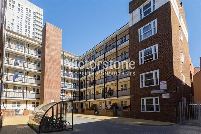 Thumbnail Flat to rent in Old Castle Street, Spitalfields, London