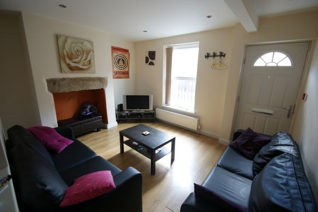 Thumbnail Terraced house to rent in Harold Street, Hyde Park, Leeds