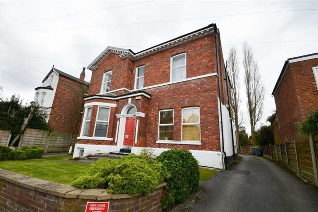 Thumbnail Property to rent in 5 Gibsons Road, Heaton Moor, Stockport