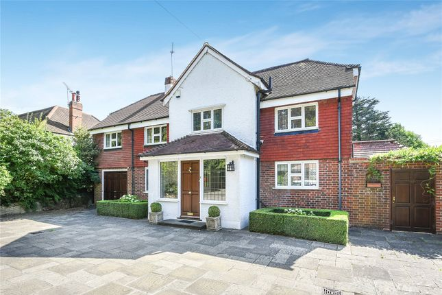 Thumbnail Detached house for sale in Downe Road, Keston