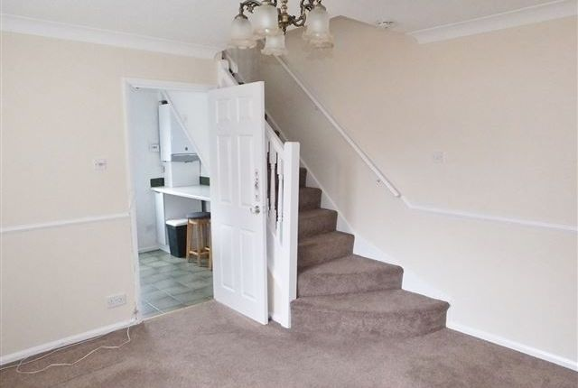 Thumbnail Town house for sale in Crestwood Court, Sheffield