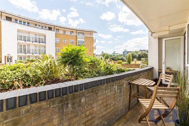 Balcony of Hermitage Waterside, Wapping, London E1W