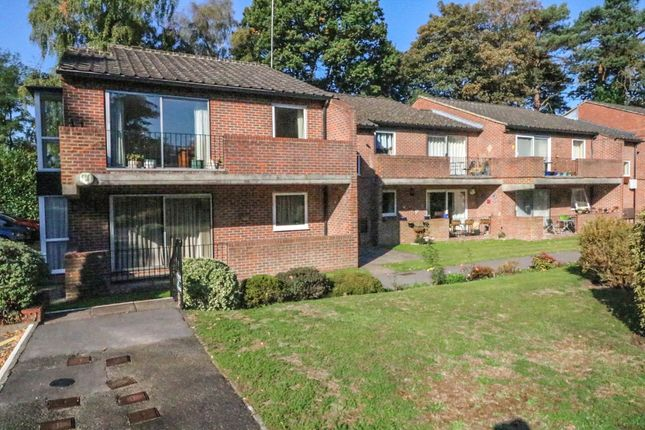 Thumbnail Flat for sale in Nugee Court, Dukes Ride, Crowthorne, Berkshire