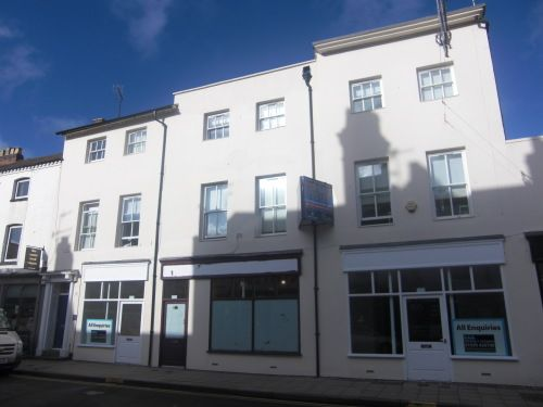 Thumbnail Flat to rent in Flat 2, 131-135 Regent Street, Leamington Spa