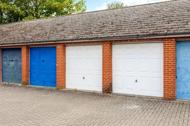 Single Garage of Park Road, Henley-On-Thames, Oxfordshire RG9
