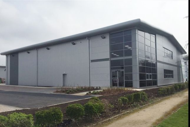 Light industrial to let in Queens Court, Team Valley, Gatehsead