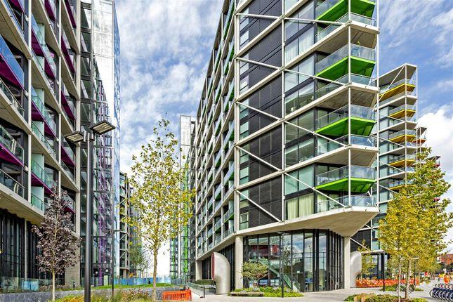 Thumbnail Flat to rent in 4 Riverlight Quay, Nine Elms, London