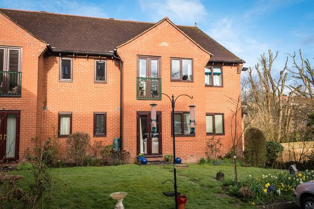 Thumbnail Property for sale in London Road, Uckfield