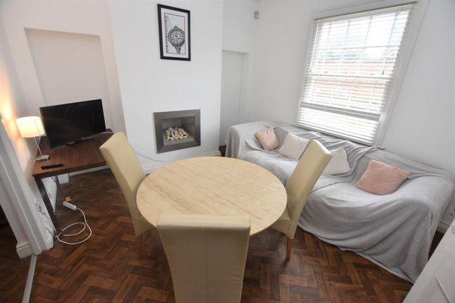 Thumbnail Flat to rent in Windsor Terrace, Hagley Road, Edgbaston, Birmingham