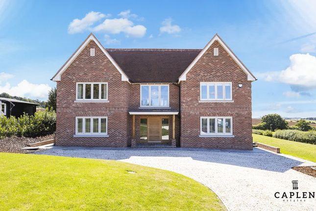 Thumbnail Detached house to rent in Bournebridge Lane, Stapleford Abbotts, Romford