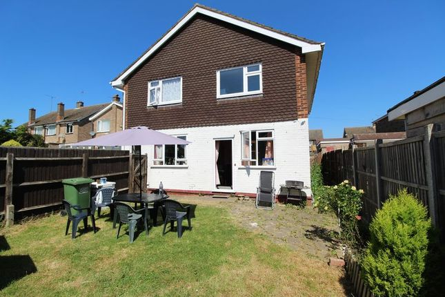Thumbnail Flat for sale in East Hill Road, Houghton Regis, Dunstable