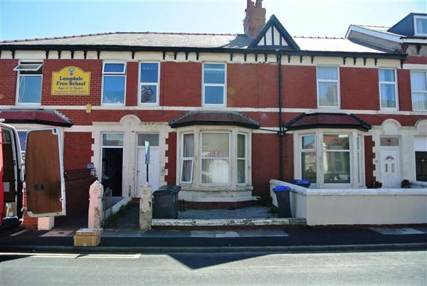Thumbnail Flat for sale in Warbreck Drive, Bispham, Blackpool