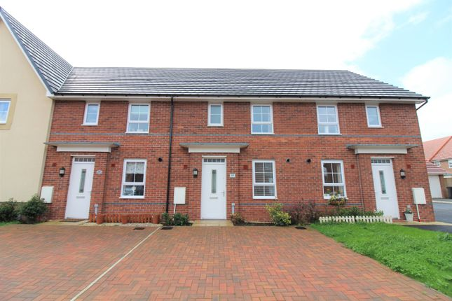 Thumbnail Terraced house to rent in Hawthorn Drive, Thornton