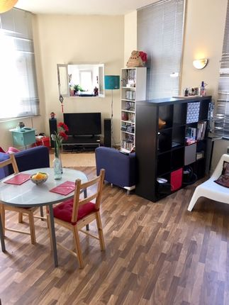 2 bed flat to rent in Ladys Bridge, Sheffield