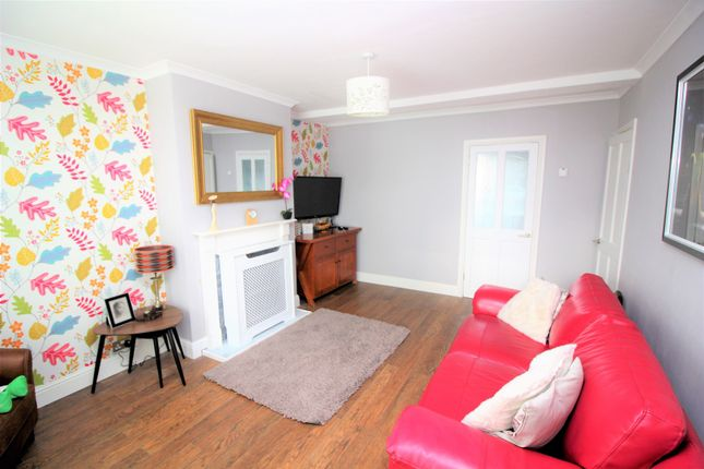 Thumbnail Terraced house for sale in Braehead Terrace, Linlithgow