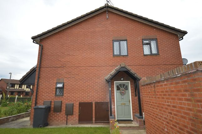 Thumbnail Flat to rent in Minshall Place, Oswestry