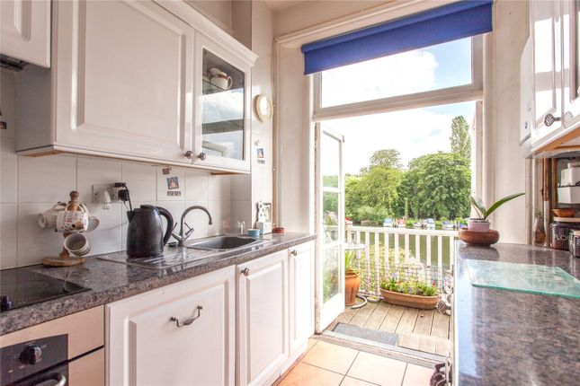 River terrace henley on thames oxfordshire rg9 1 for 22 river terrace for sale