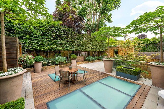 Garden of Upper Phillimore Gardens, Kensington, London W8