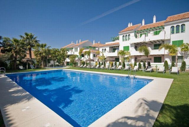 2 bed apartment for sale in Spain, Málaga, Manilva, La Duquesa