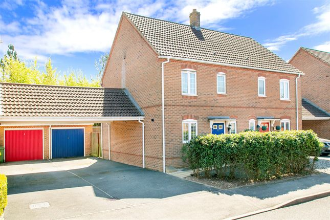 3 bed semi-detached house for sale in Causton Road, Beggarwood, Basingstoke RG22