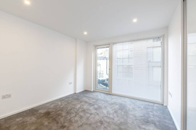 2 bed flat for sale in Orchard Building, Clerkenwell