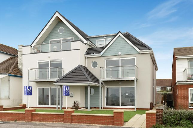Thumbnail Flat for sale in 1, East Cliffe House, Lee-On-The-Solent