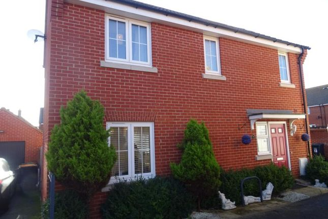 Thumbnail Detached house to rent in Meadfoot Place, Brickhill