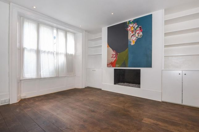2 bed flat to rent in Linden Gardens W2,
