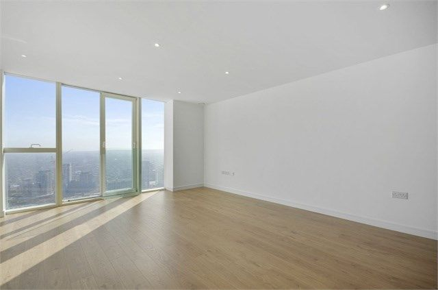 Thumbnail Flat for sale in Pinnacle Apartments, Saffron Central Square, Croydon