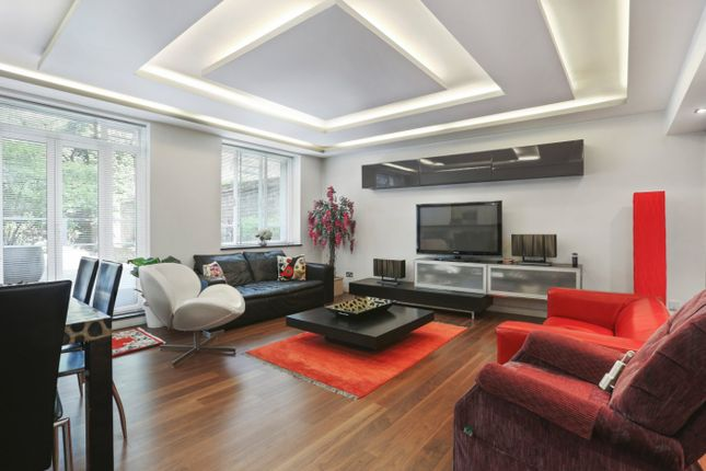 Thumbnail Flat for sale in Caroline House, Bayswater Road, London