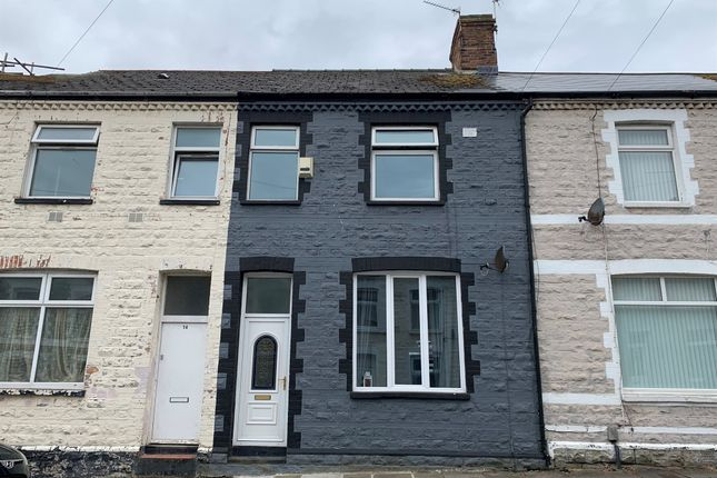 Thumbnail Flat for sale in Commercial Road, Barry