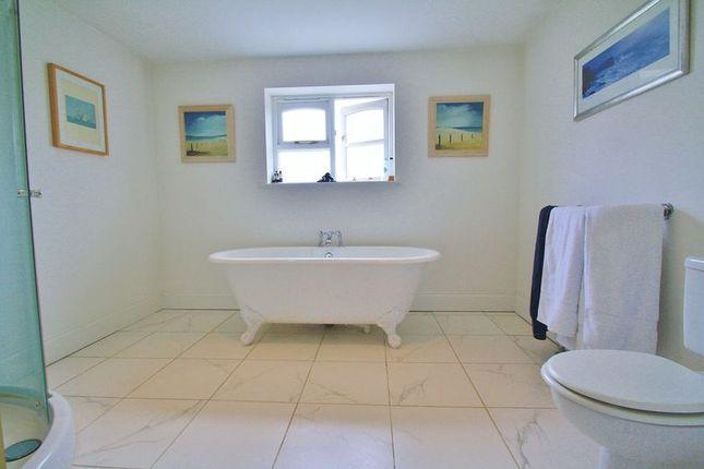 Bathroom 1 of Watlington Road, Benson, Wallingford OX10