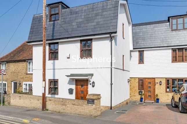 Hall Cottages, Harlow Road, Roydon, Essex CM19