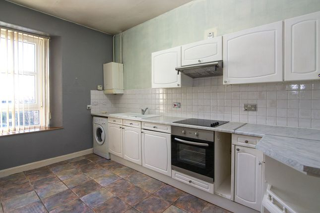 Thumbnail Flat to rent in Maria Street, Kirkcaldy
