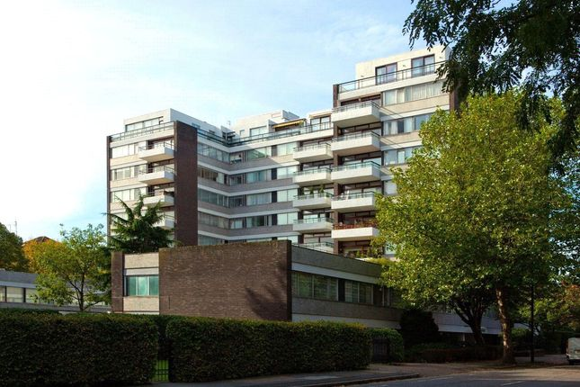 4 bed flat for sale in London House, Avenue Road, St John's Wood