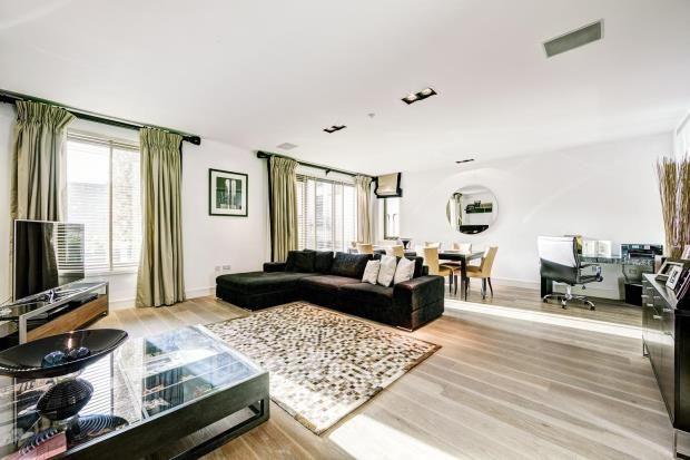 Thumbnail Flat for sale in Thornwood Gardens, Kensington, London