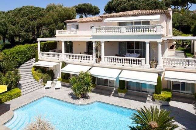 Thumbnail Villa for sale in Domaine De La Capilla, Var, Provence-Alpes-Côte D'azur, France