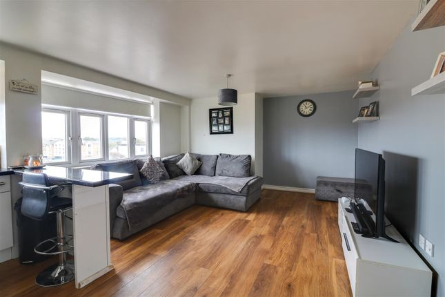 Lounge of Dock Road, Tilbury RM18