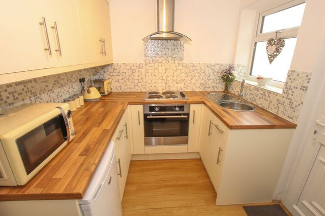 Flat - Kitchen of Staithes Lane, Staithes, Saltburn-By-The-Sea TS13
