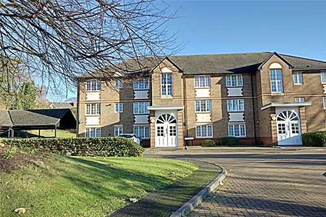 Thumbnail Flat for sale in Freame House, 6 Cunard Crescent, London