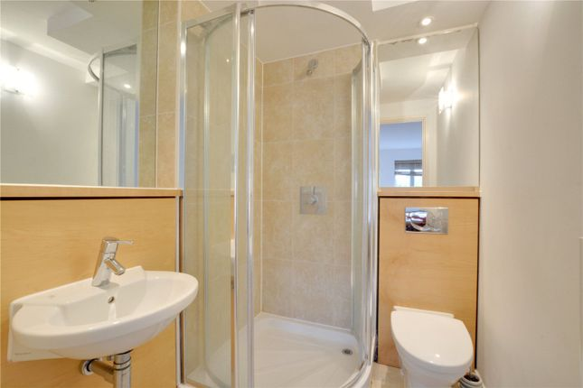En-Suite of Holly Court, Greenroof Way, Greenwich, London SE10
