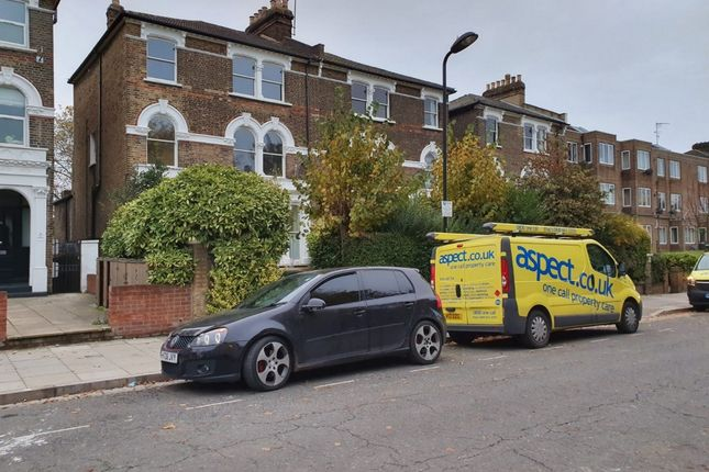 Photo 11 of Queens Drive, Finsbury Park, Manor House, Stoke Newington N4