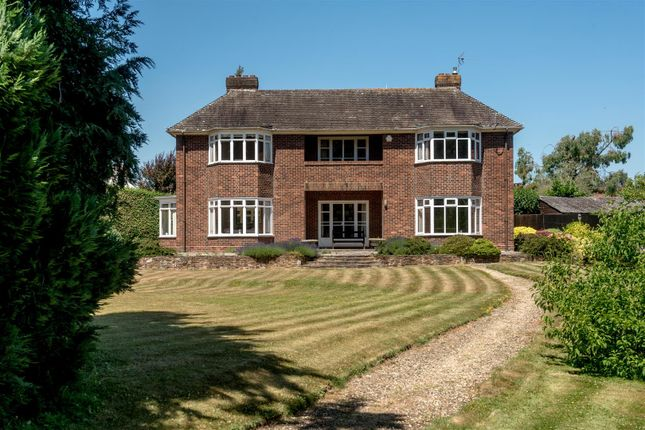 Thumbnail Detached house for sale in Batts Park, Taunton