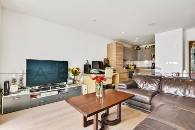 Thumbnail Flat to rent in Chevening Road, Kensal Rise
