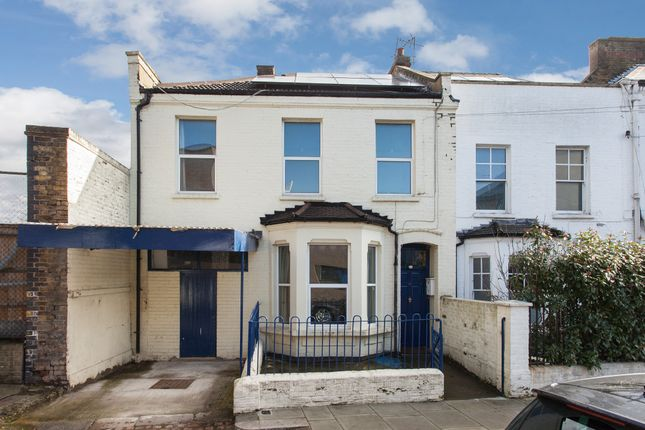 Thumbnail End terrace house for sale in Middle Row, London